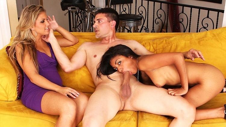 жена вызывает проститутку мужу порно